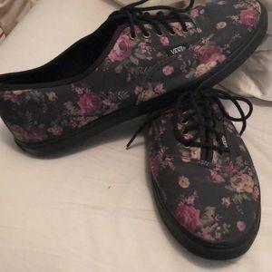 ac1df8d7dd Vans Shoes - 💥 EUC Black flowery Vans